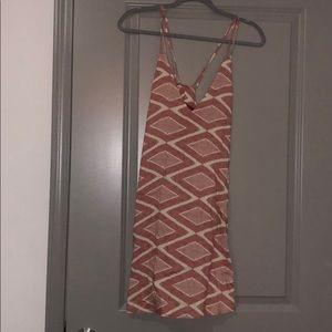 Dresses & Skirts - Red geometric shift dress